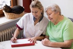 Krankenpfleger | Rentenversicherung | Statusfeststellung | Scheinselbständigkeit bei freiberuflich Pflegenden | freiberufliche Pflegekräfte | ambulante Pflege | stationäre Pflege