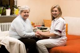 Pflegeperson | Scheinselbständig | Freiberuflich | Freiberufler | Statusprüfung | Deutsche Rentenversicherung | Clearingstelle | Selbständig | Altenpfleger | ambulante Pflege | stationäre Pflege